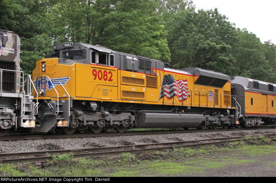 UP 9082 on NS 066